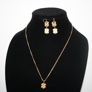 Vintage gold earrings and necklace set